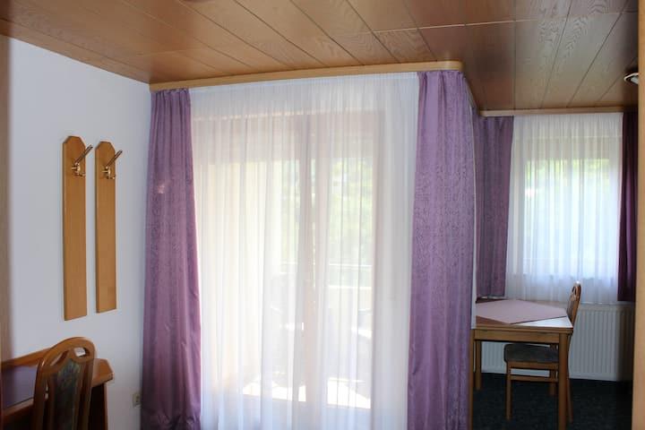 Hotel Garni Silberdistel, (Lauterstein), Doppelzimmer mit Dusche und WC