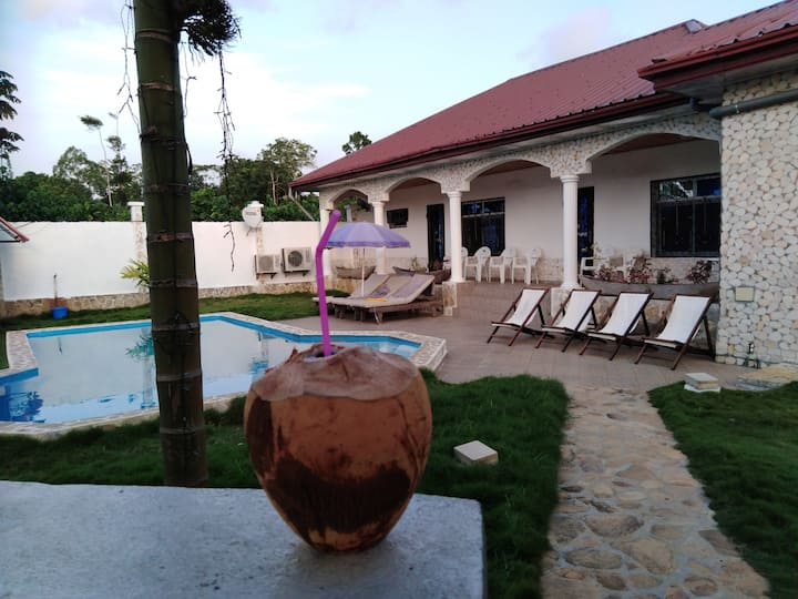 Residence Gounou, Kribi Ebome. 150m de la plage