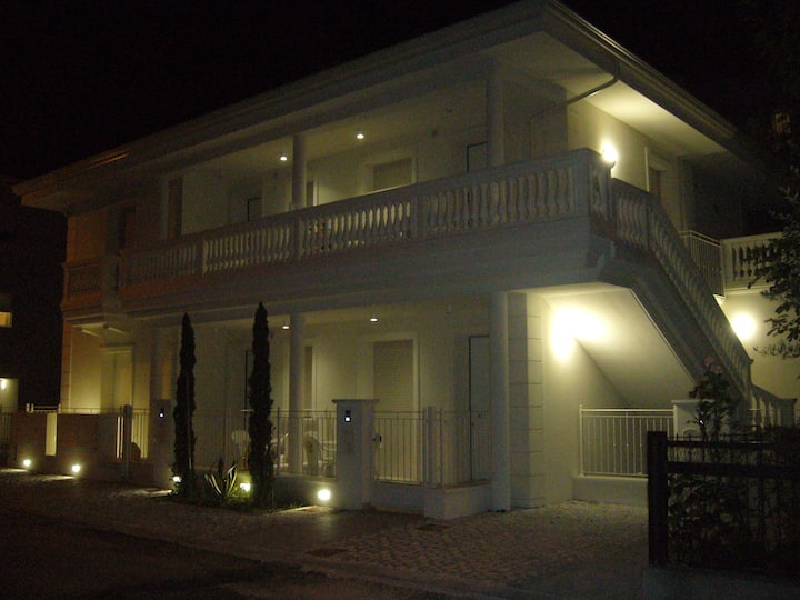 1- A Riccione nuovissimo appartamento
