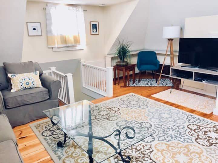 Stylish One Bedroom Kingsize Loft