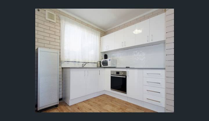 Affordable Apartment close to city and Beaches #