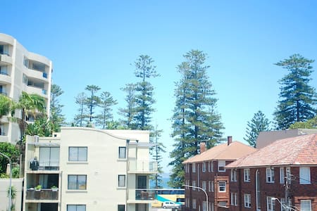 Manly Apartment 100m from Wharf - Manly - Apartment