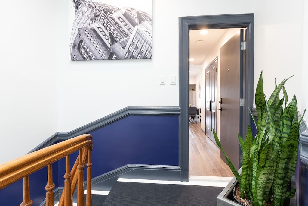 Private entrance to your Boutique 2 bedroom Suite