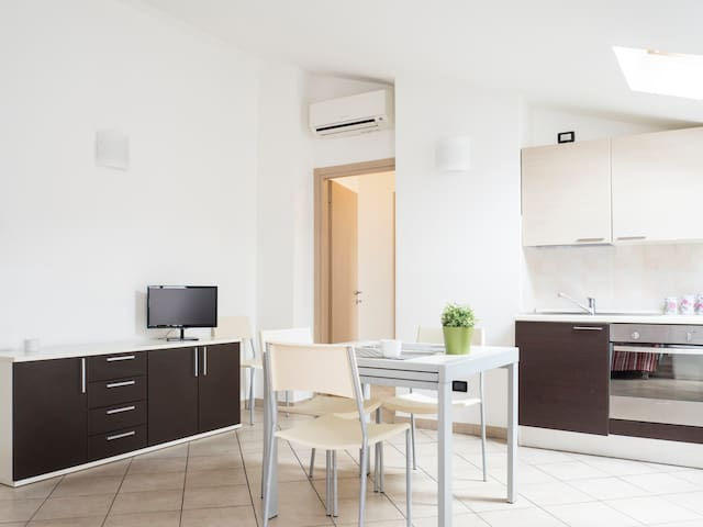 One bedroom apt  Superior up to 6 persons