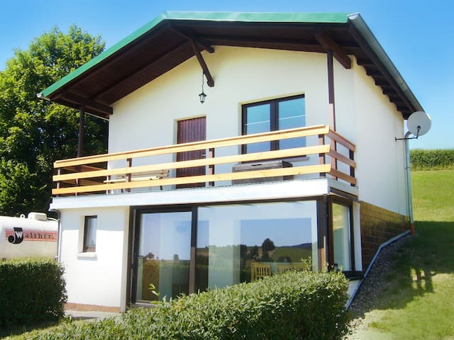 Haus Gieselsberg , mit Aussicht auf Schmalkalden