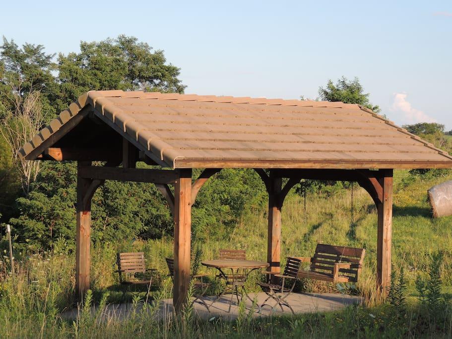 Gazebo next to the lake for picnics