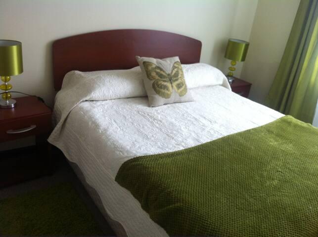 Dormitorio con baño privado - Temuco - Pis
