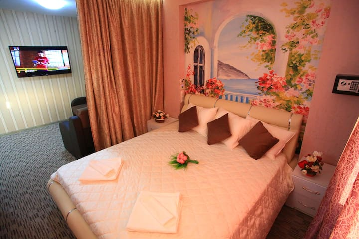 Moscow center Apartment Lux 270