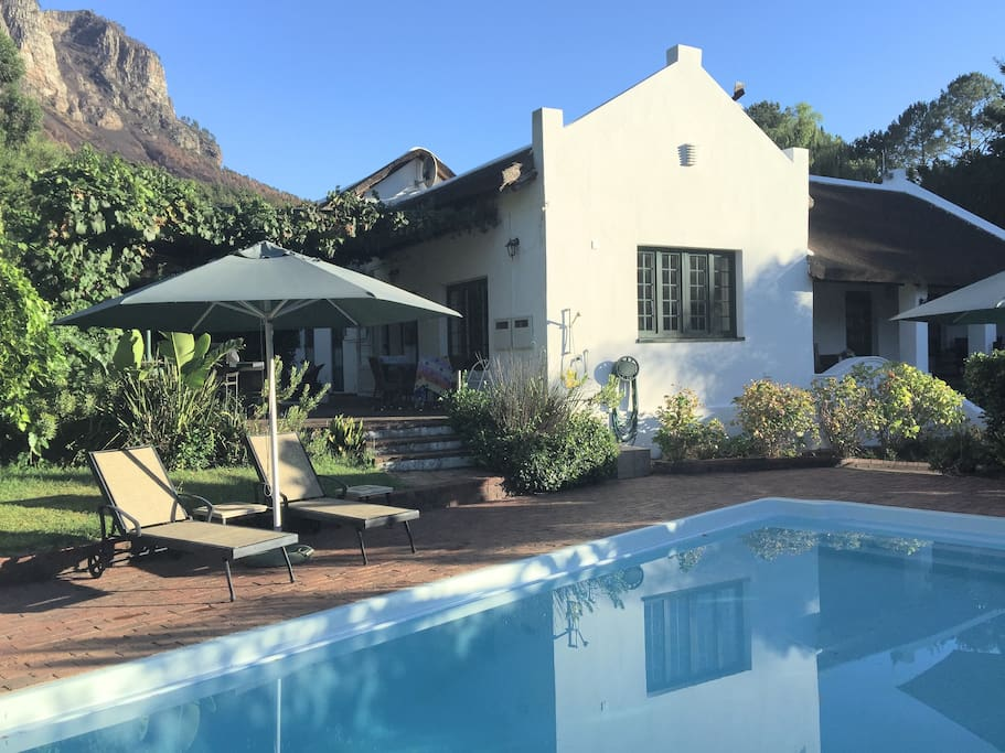 Zulema house with private pool (3m x 9m) Dekraal Estate