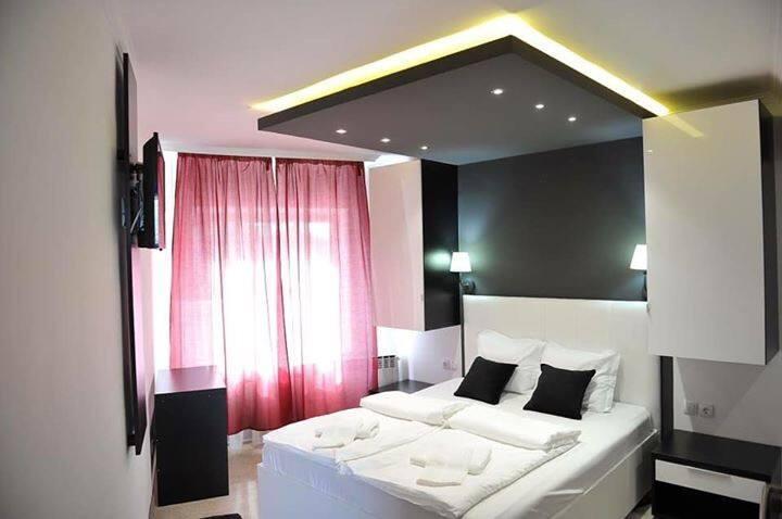 Villa Pipacs Falusi Luxus!