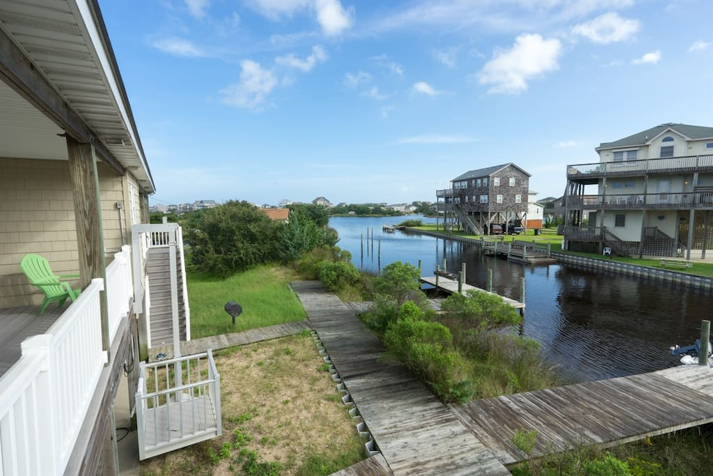 Paddle around the bend, and you'll be on the Pamlico Sound in minutes