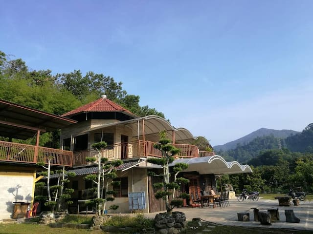 Wonderland Villa Homestay (up to 20+persons)
