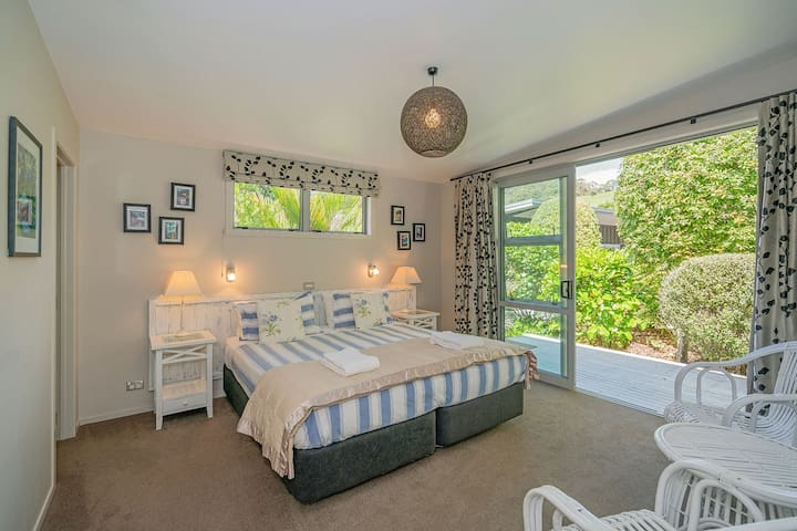 Master Bedroom with sliding doors onto deck
