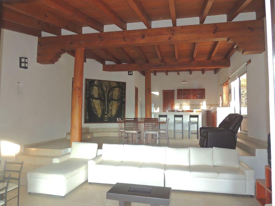 Hermosa casa nueva en Valle de Bravo