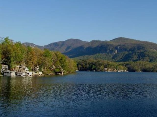 Fox Run Lake Lure Townhouse