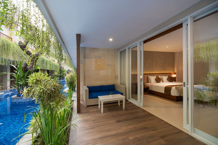Luxury Lagoon Suite with Beach Access in Lembongan