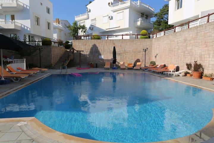 Penthouse / duplex lejlighed i Özdere - Menderes - Pis