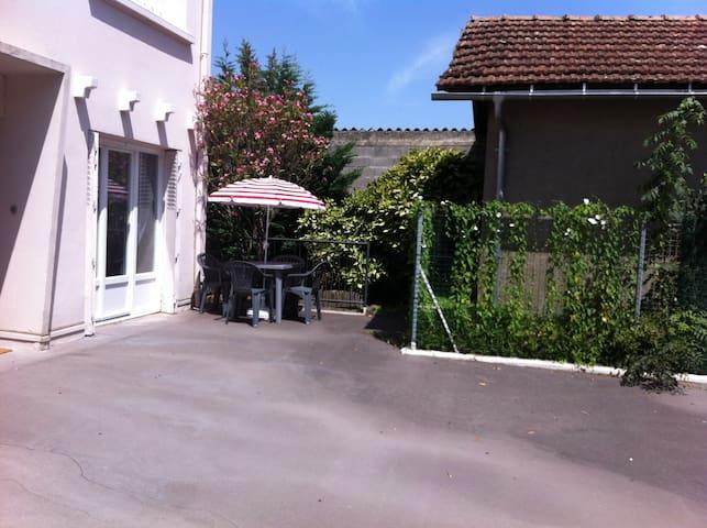 Ravissant T3 en duplex avec terrasse