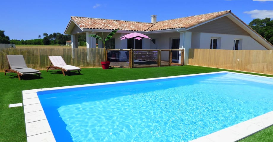 House 4* with pool and spa, close to the beach - Orx