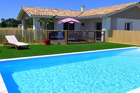 House 4* with pool and spa, close to the beach - Orx - Villa