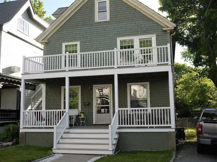 Chez Acadia - Renovated Charmer in Bar Harbor