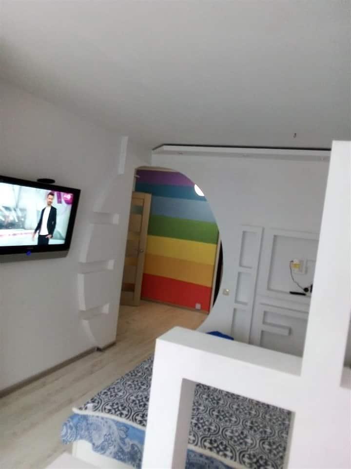 Светлая, уютная  квартира-студия на сутки
