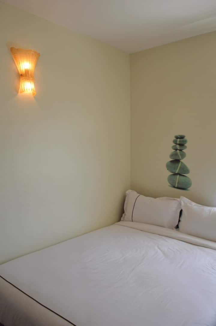Angsoka Hotel Teluk Intan Basic Queen 135