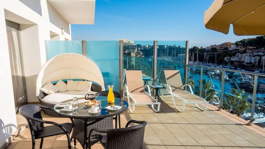 Apartment PREMIUM with Terrace and Sea View