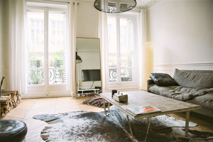 Superb apartment between Montmartre and Opera - Paris - Apartamento