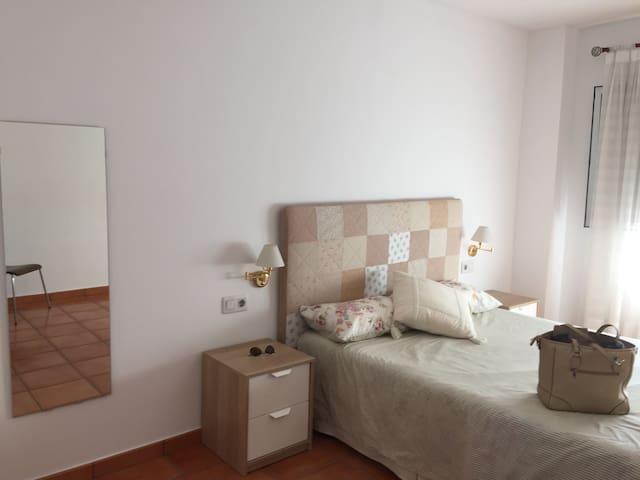 Atico Duplex con Terraza - Castelló de la Plana - อพาร์ทเมนท์