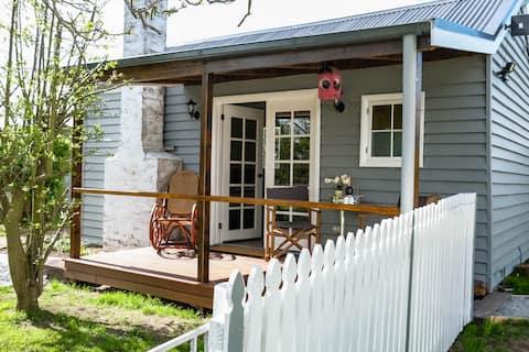 Peg Cottage