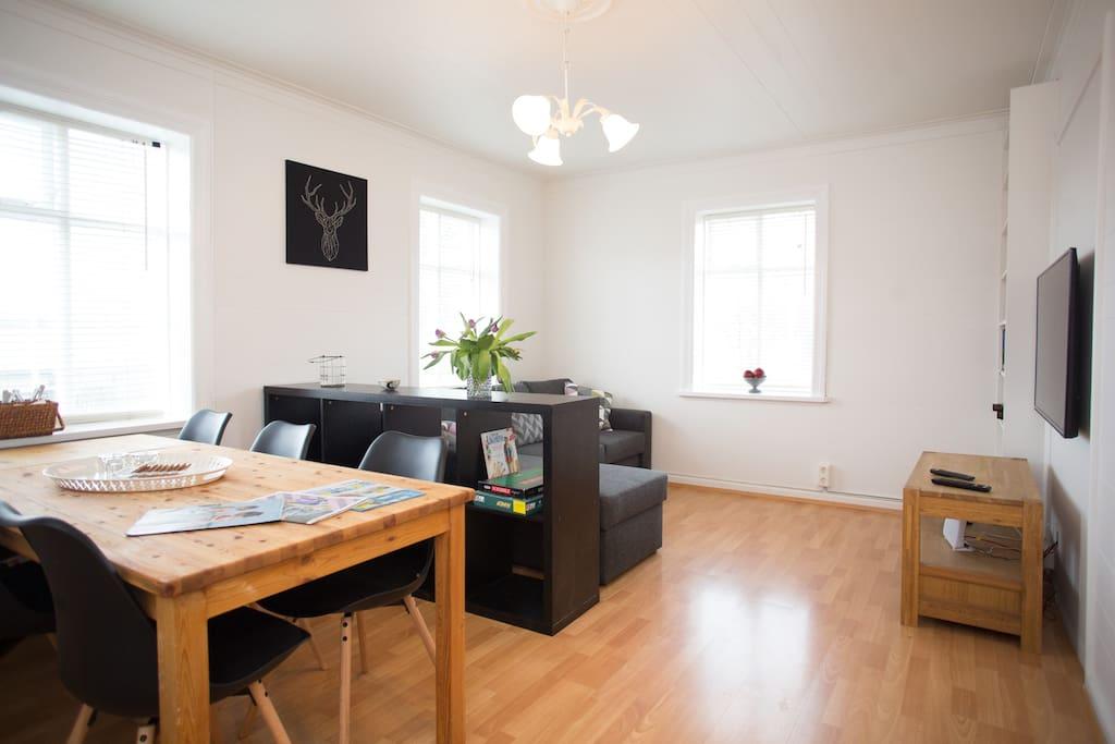 2nd floor - Living room / formal dining room