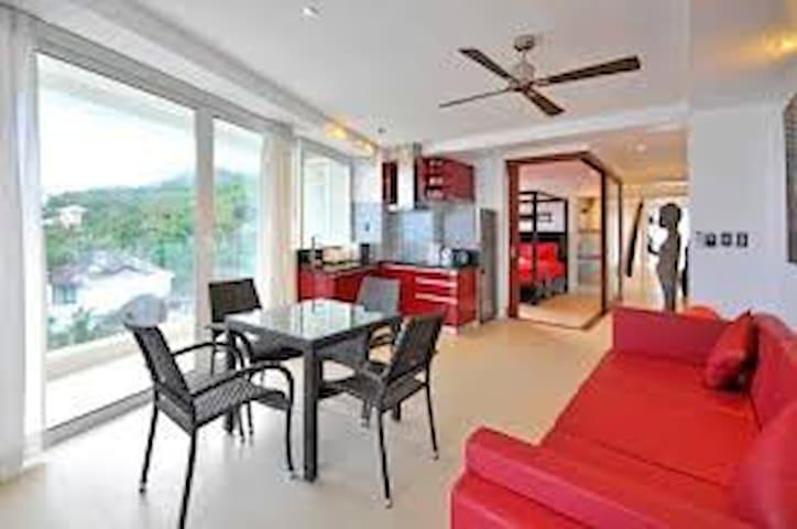 2 Bedroom villa with a 280 degree ocean view