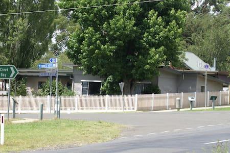 Doctor's Anvil - Forrest - House