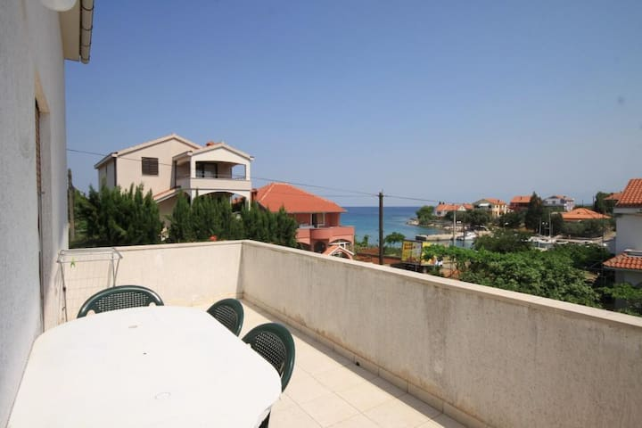 Two bedroom apartment with terrace and sea view Ugljan (A-8301-a)