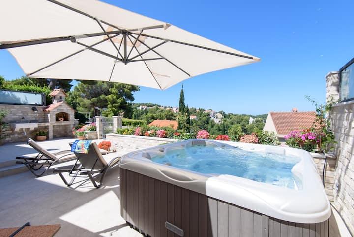 Apart Katarina with Jacuzzi pool