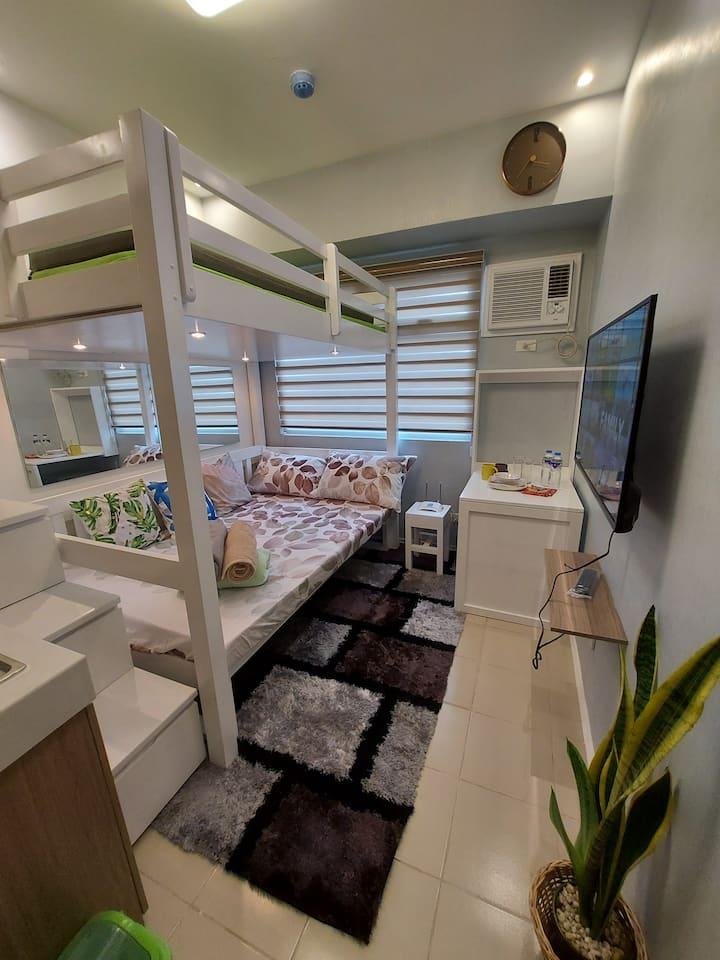 Minimalist Condominium in the Heart of EDSA