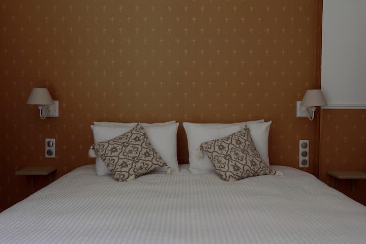 Charmant studio - Appart'Hotel de Saint-Georges 5*