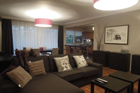 Two Bedrooms Apartment & Terrace - Uccle - Apartment