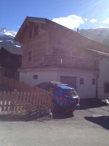 Modern duplex, large balcony & view up to Verbier - Montagnier - Wohnung