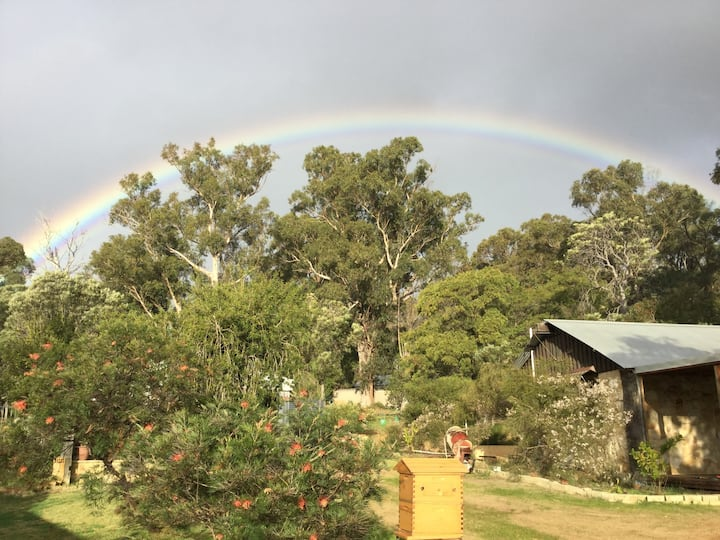 Bush cottage retreat