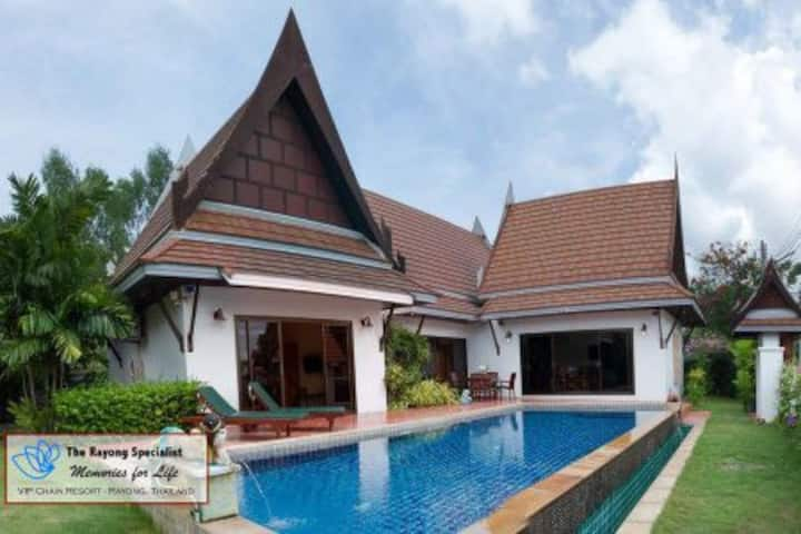 Oriental Thai Pool Villa Master 2 Br