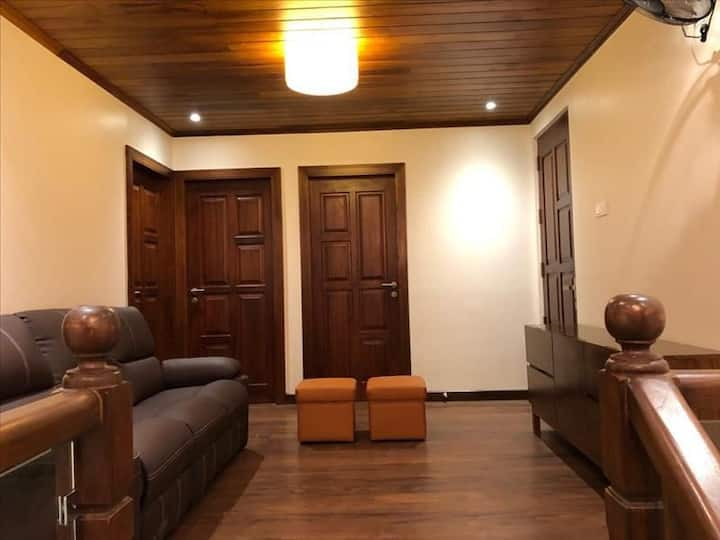 Luxury 5 Bed Duplex Apartment for Rent in Colombo