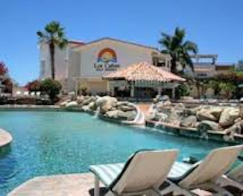 Great pool areas, swim up bar and food service
