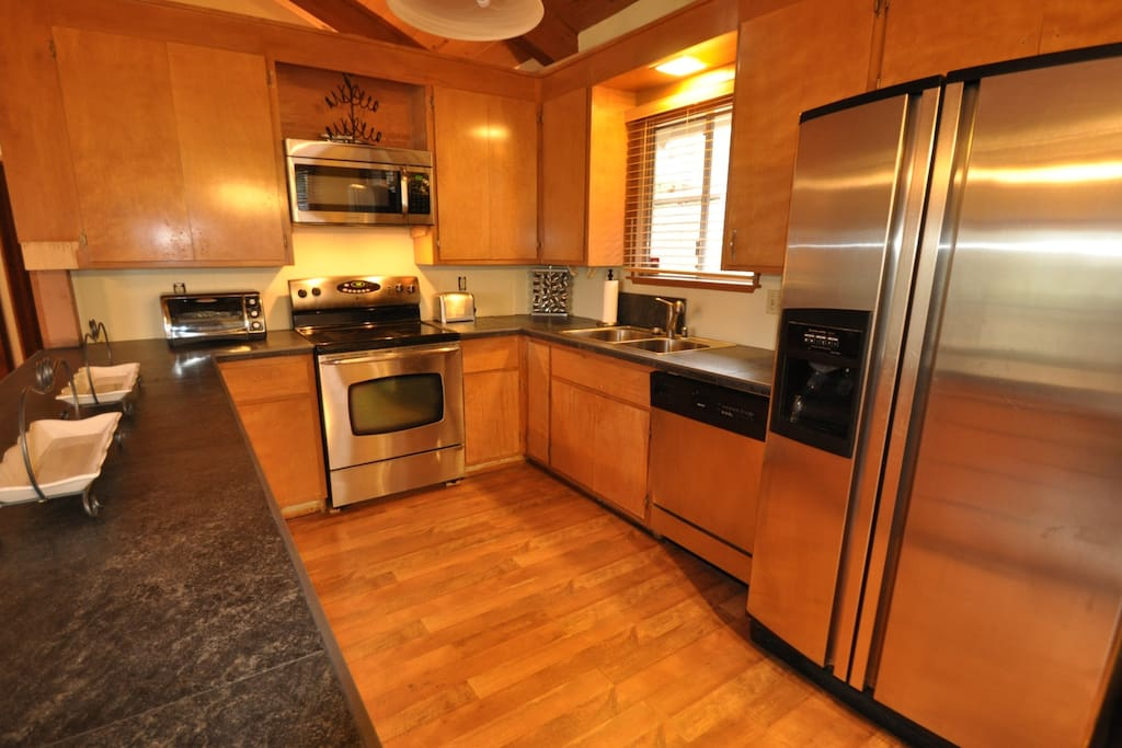 Cloon Brook. Pet Friendly Pine Mountain Lake Vacation Rental, located just 25 miles from the entrance of Yosemite, Hwy 120 corridor. Unit 5 Lot 133