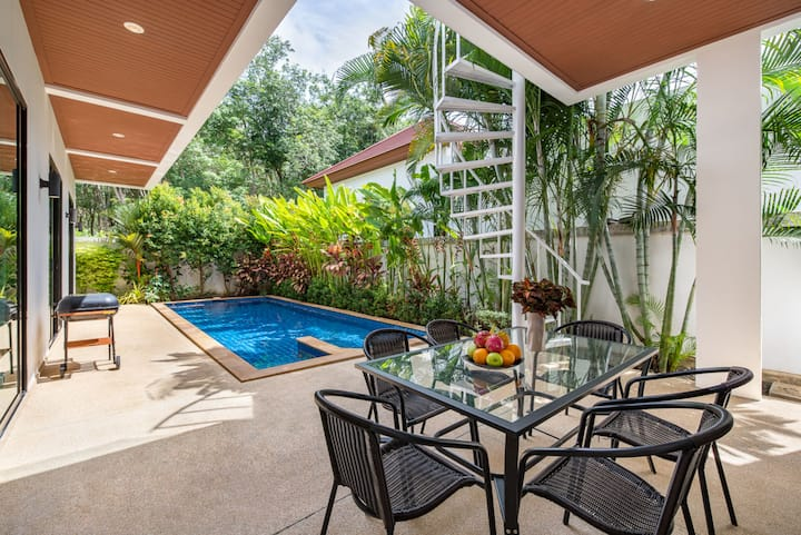 Modern 3br Boutique Pool Villa next to heave forest