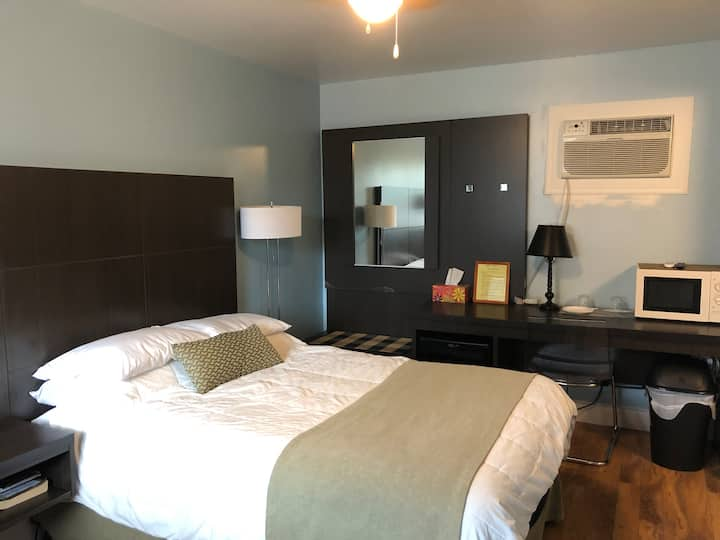 Go Motel-Double room 3, 1 double bed 2 guests