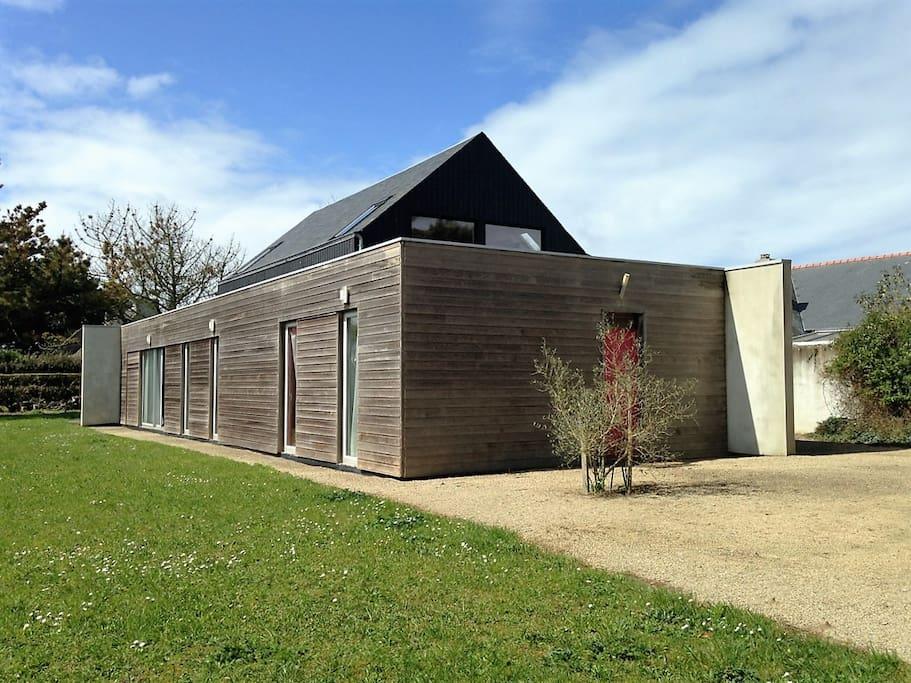 Maison d 39 architecte exceptionnelle vue mer villas for rent in brignogan plage bretagne france - Maison architecte mark dziewulski ...