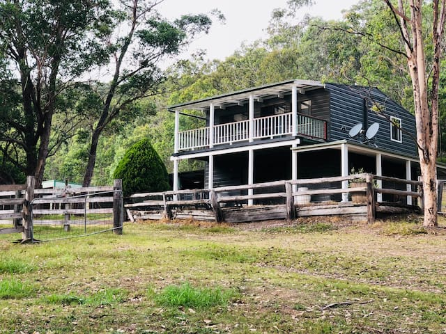 Wollombi Brook Farm Stay-The Cottage $120 pp/night