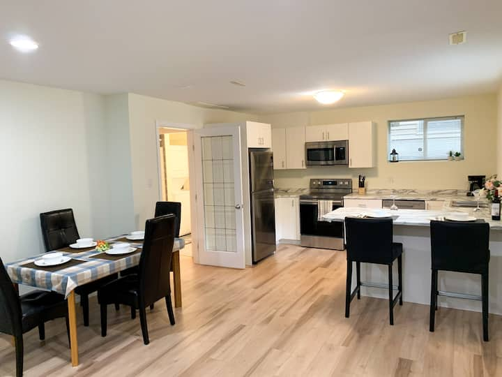 New Basement Suite, Walnut Grove